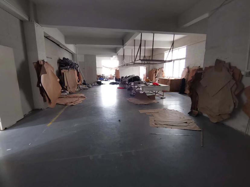 地址:龙江镇苏溪工业区 万博app官方下载:2楼1200平方(生产车间),