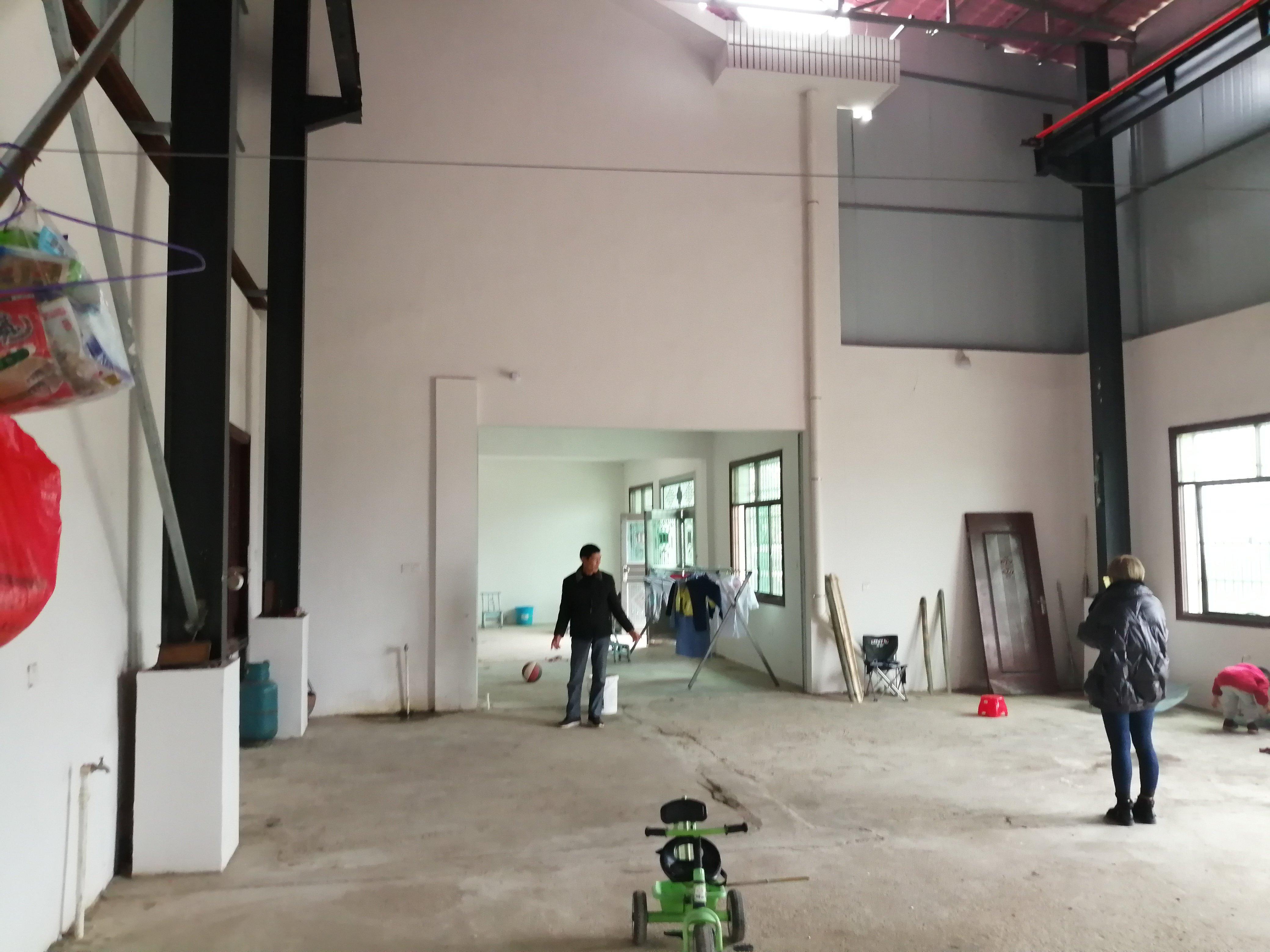 捞刀河北山,400平米厂房,带航车