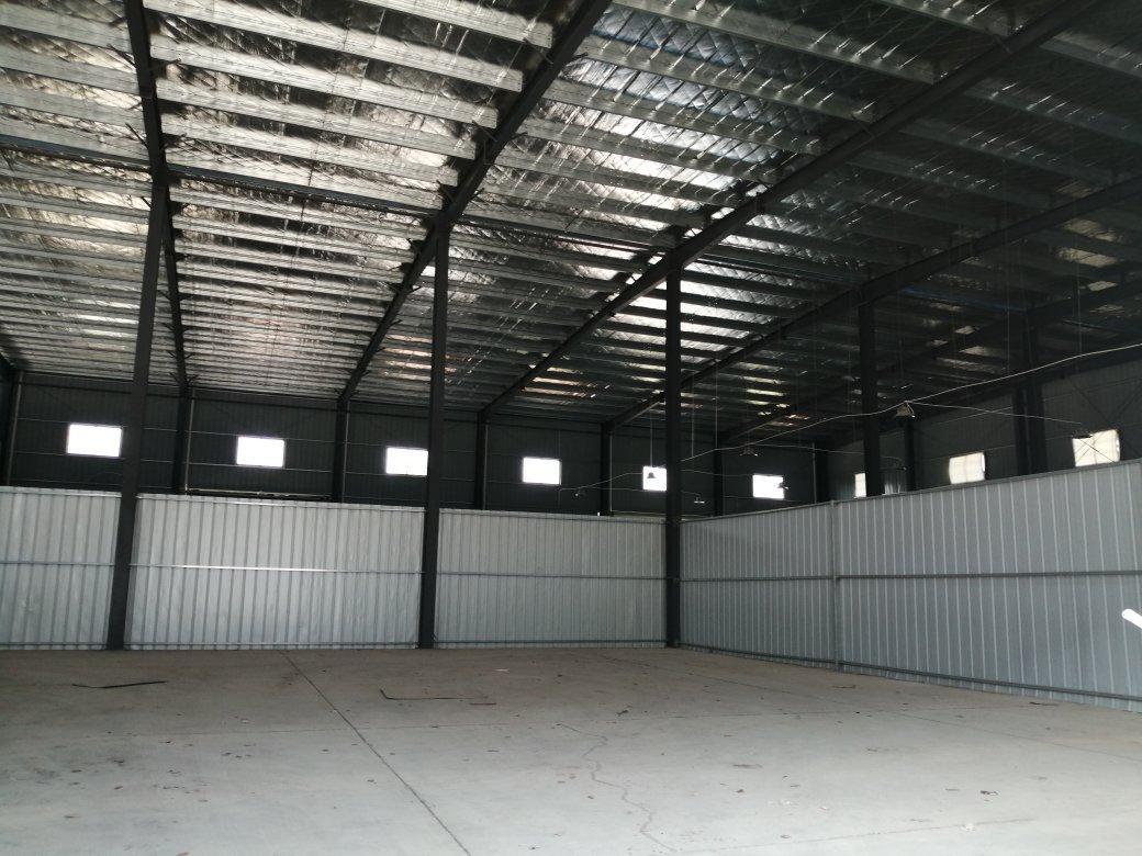 开福区开福大道旁400平米厂房/仓库