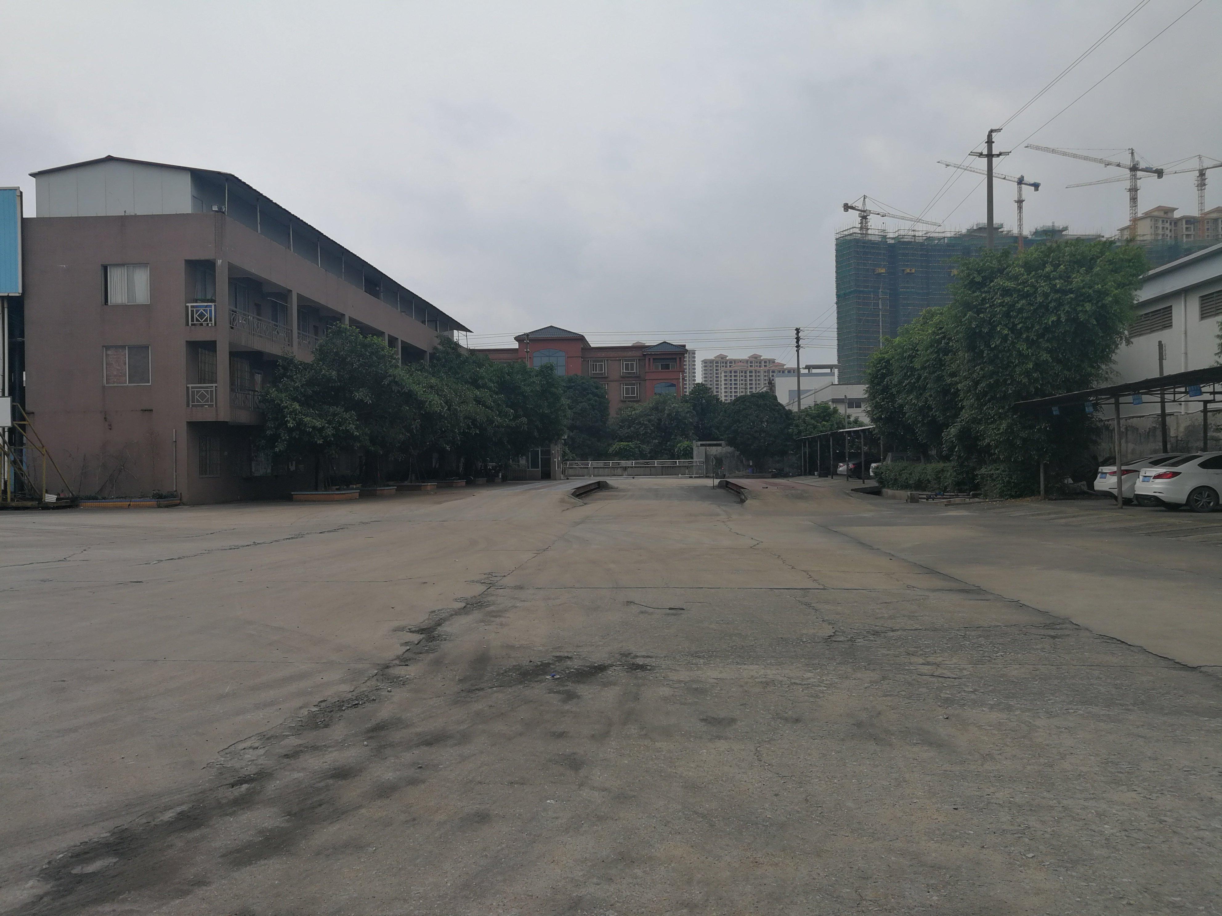广州花都工矿仓储用地万博app官方下载出售建筑48000平占地100亩