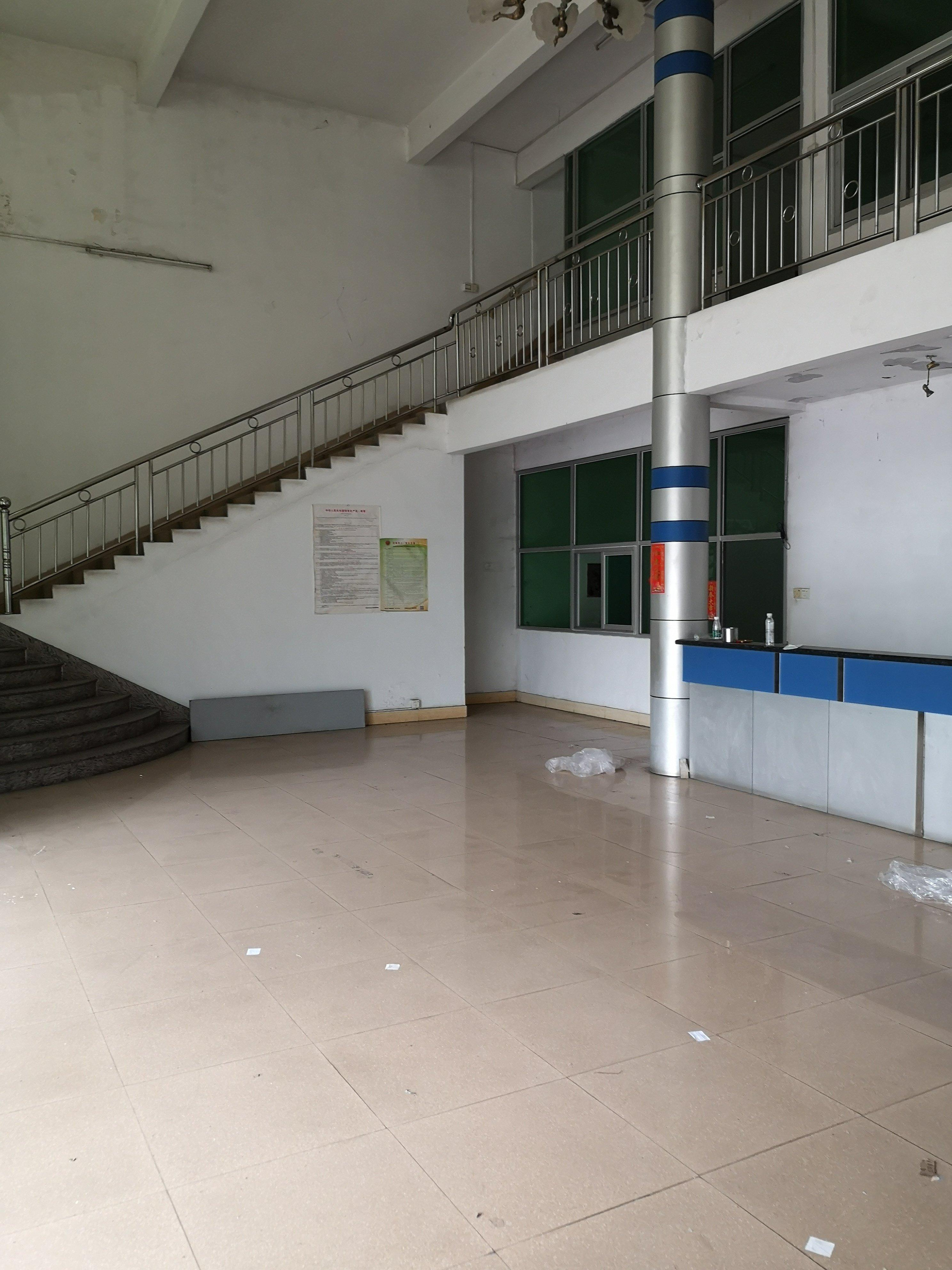 广州番禺可办环评周边无居民。单一层5700方招租。