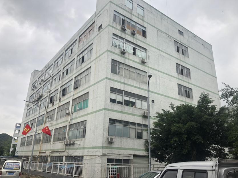 西丽街道靠丽康路边1650平米一楼厂房可做生产仓库