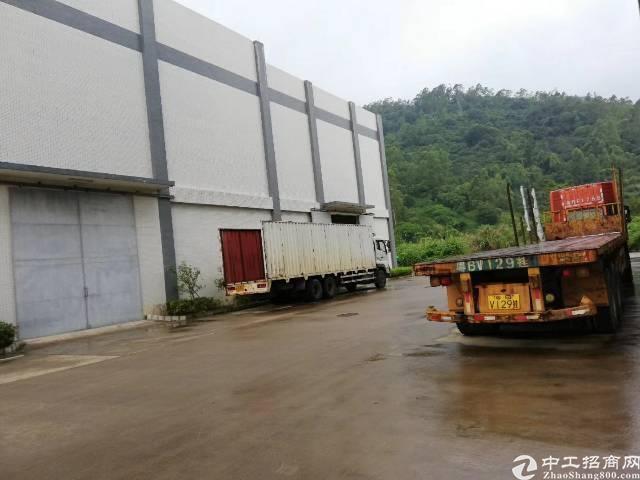 惠州市杨村镇刚出滴水12米重工业厂房带两部25吨行车