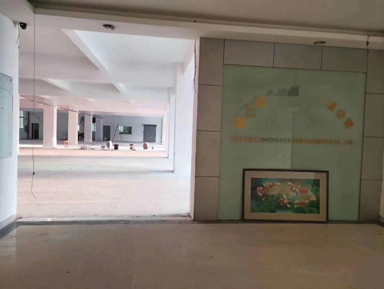 鹤洲路附近200起到960平厂房招租,适合电商,办公,仓库。