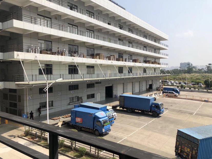 坪山高速口红本厂房仓库1600平方出租带装修可分租