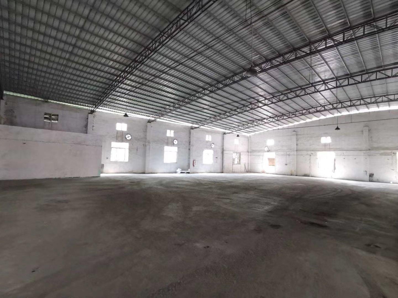 广州市海珠区新出2000平方仓库出租