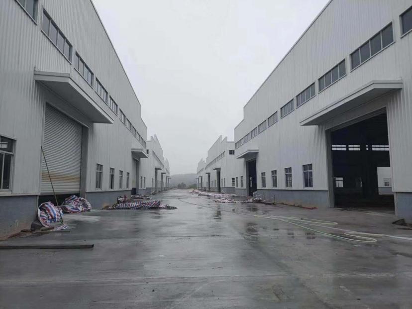 江门市冲蒌镇全新单一层钢构厂出租,可按需分租,有宿舍办公楼