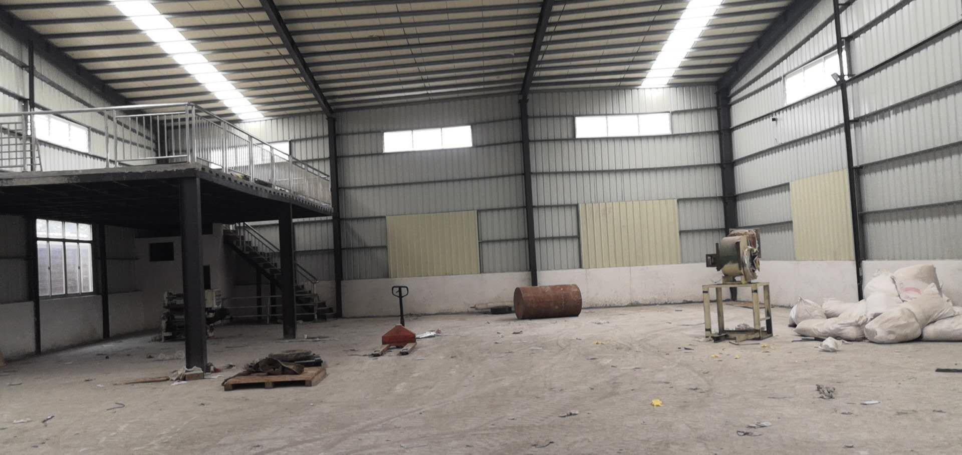 横沥镇原房东出租420平方滴水7米崭新钢构小型仓库货车好进出