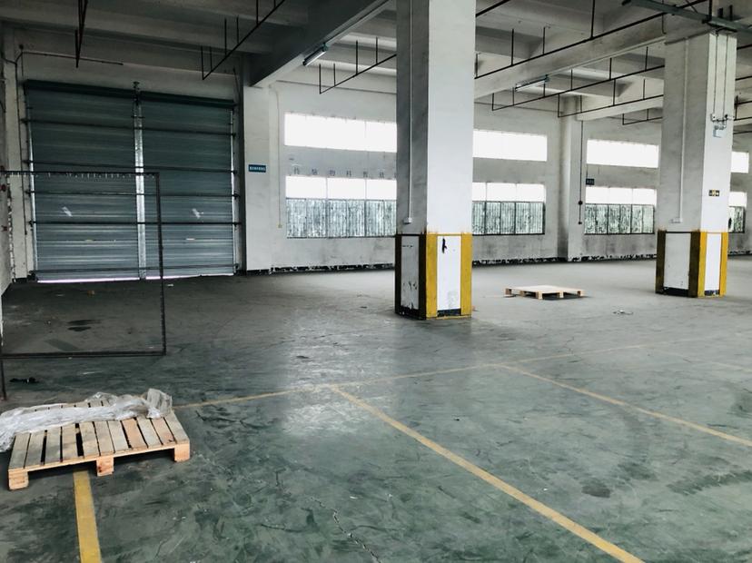 坂田五和大道高速路口一楼1500平物流仓库厂房出租带卸货平台