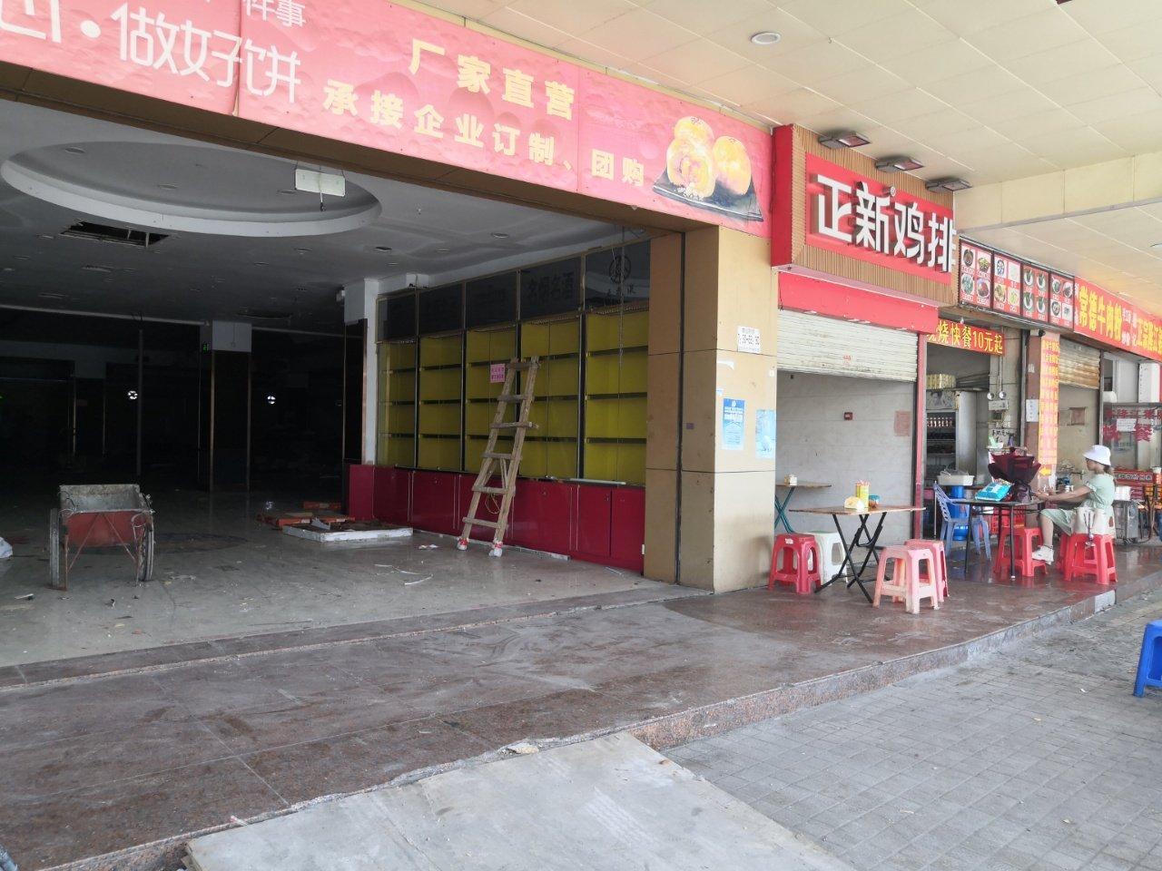 宝安107国道客运站旁一楼2000平方仓库,100平起分租