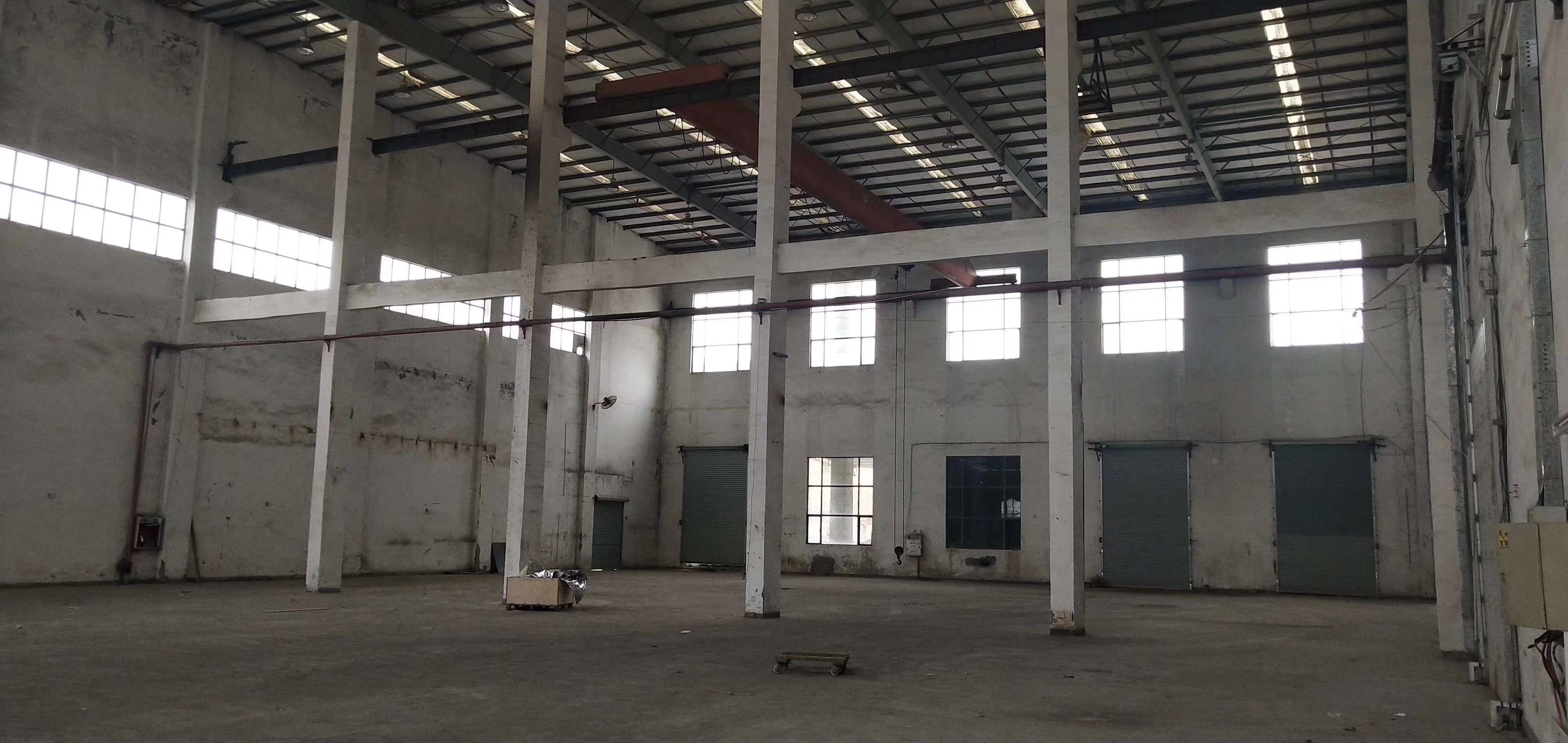大亚湾西区一楼厂房11500平方米厂房出租滴水13米钢构