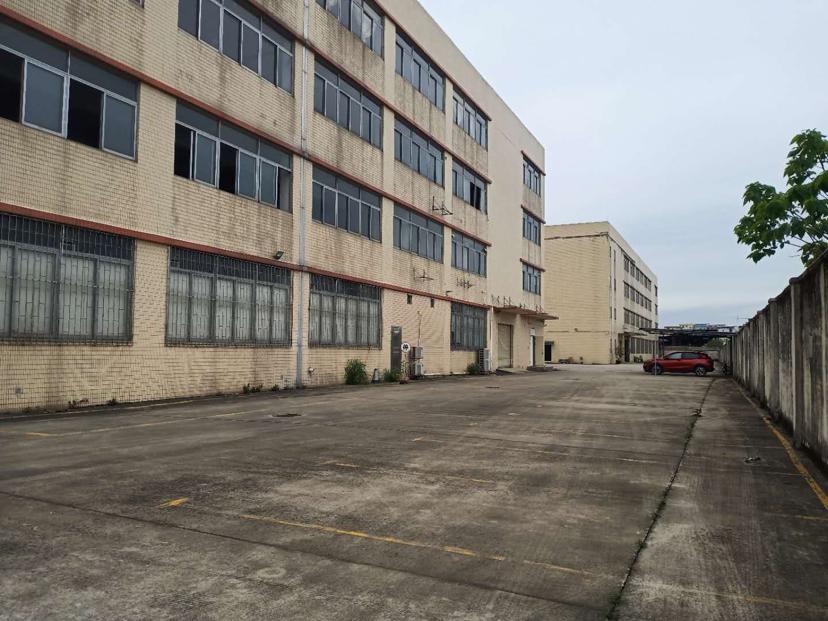广州市荔湾区出售25800平厂房,有双证,产权过户。