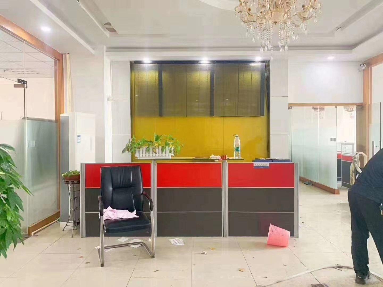 福永107国道边凤凰工业区楼上1580平带办公室装修标准万博app官方下载