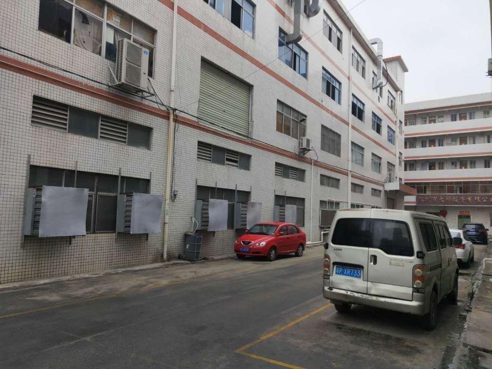 惠阳新圩约场标准楼上带办公室厂房1000平米,两吨电梯,