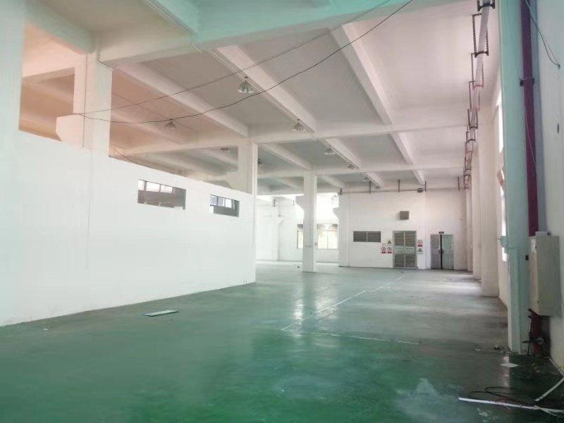 大雁工业区刚出正规一楼带独立院子厂房1650平,有房产证,