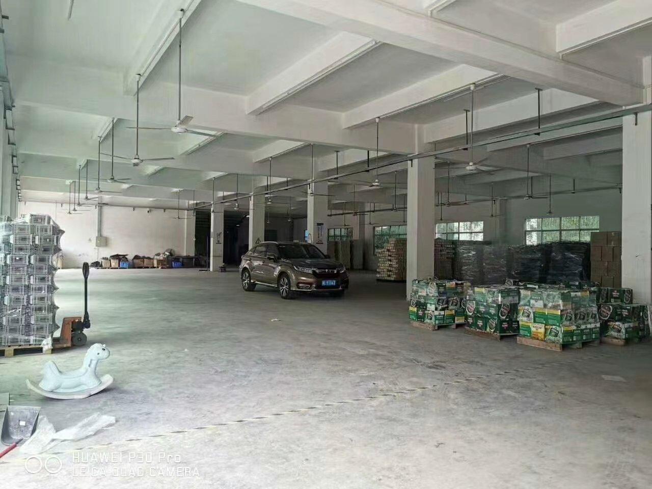 新圩高速口一公里原房东标准一楼2248平米出租证件齐全