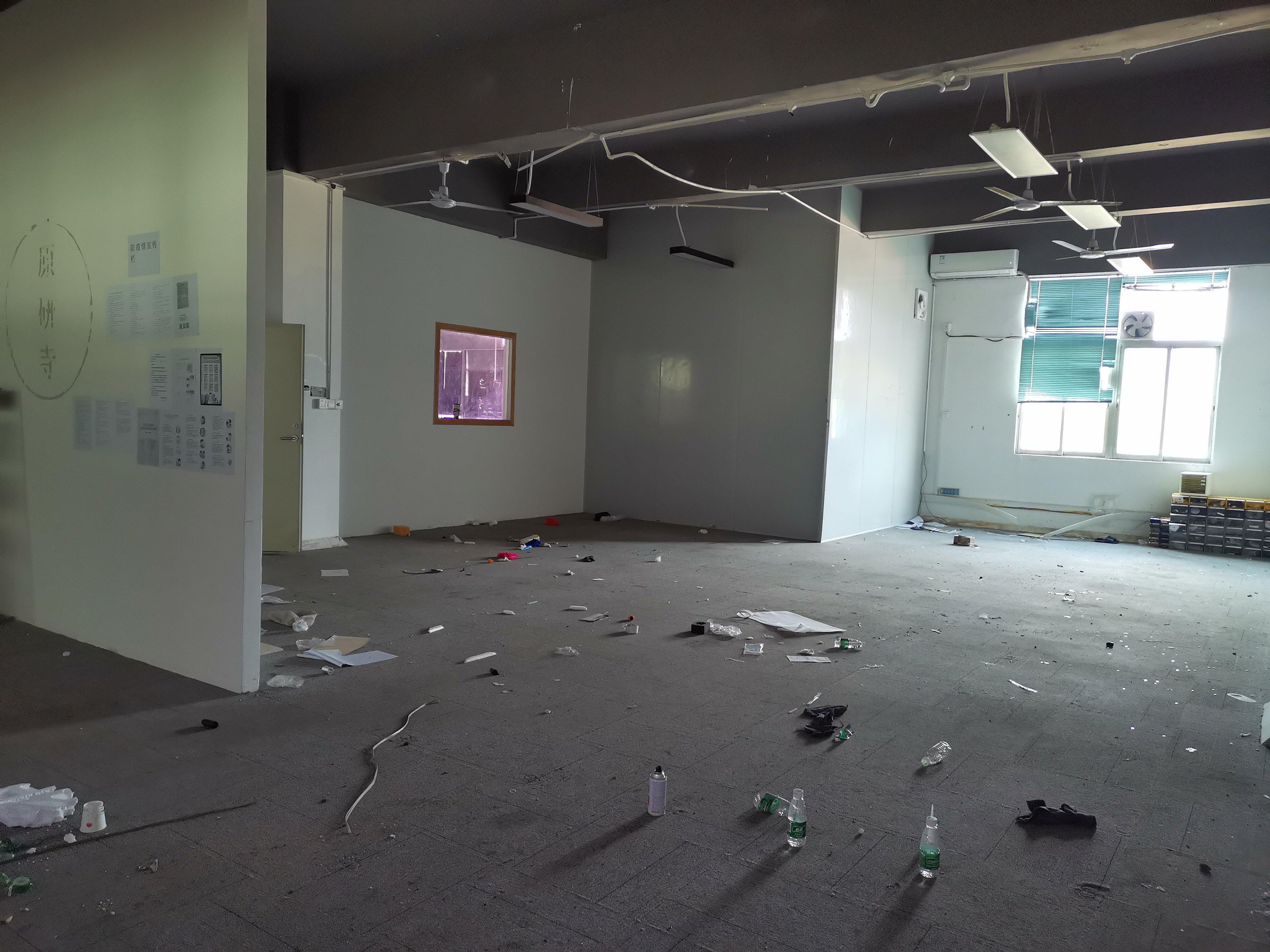 龙华大浪商业中心附近新出精装修厂房,办公室仓库636平出租。
