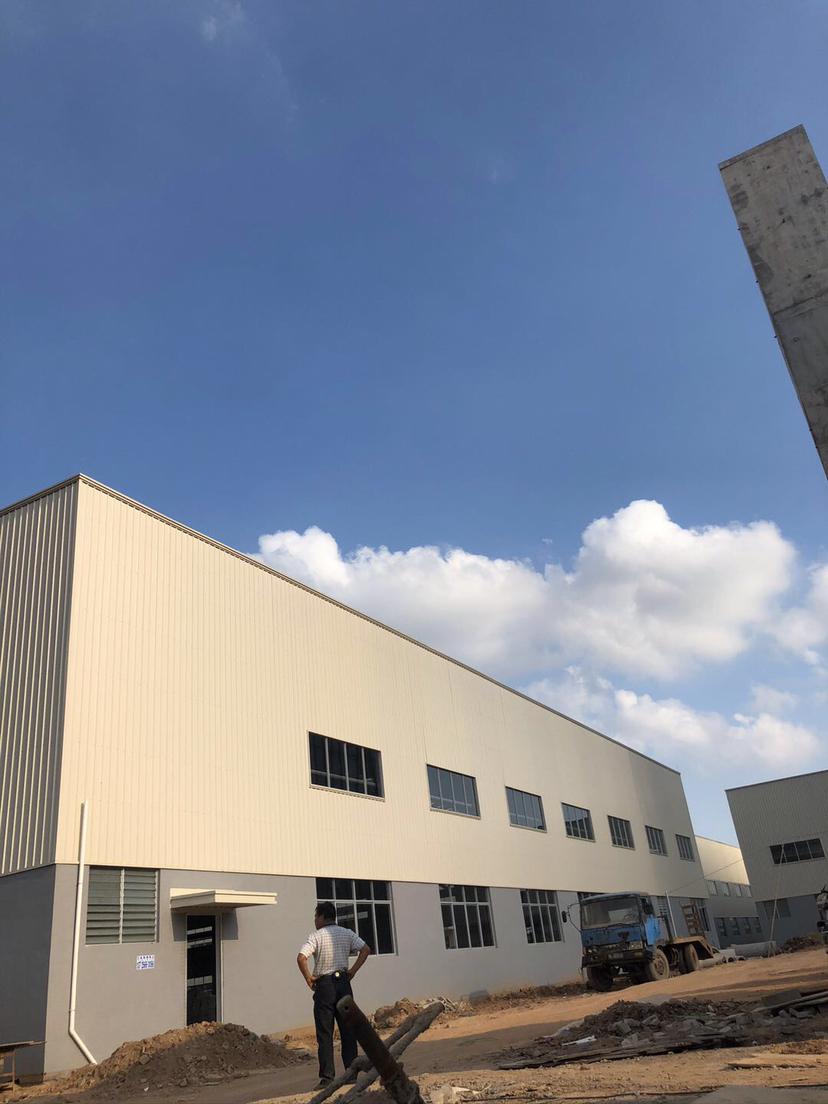 惠东稔山高速出口独院全新单一层厂房50000平方