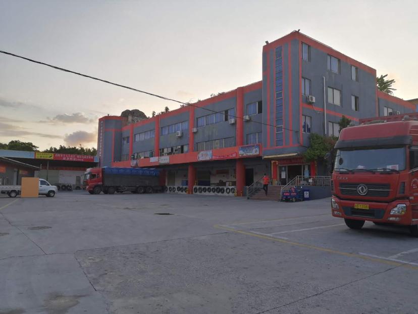 石岩原房东钢结构厂房2200平高速入口可做生产仓库低价出租