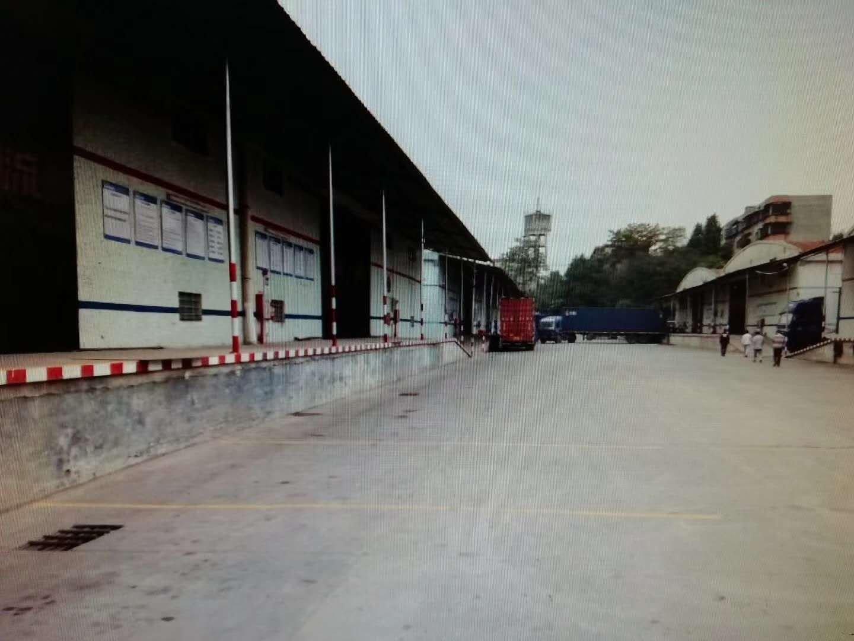 大朗村工业区高台仓2500方,招租