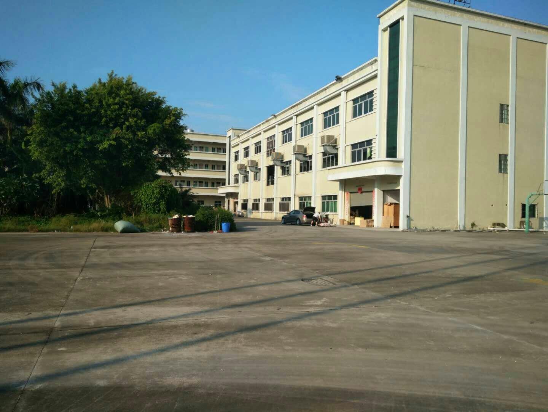 石湾镇中岗工业园区分租厂房三楼1500平方办公室精装修