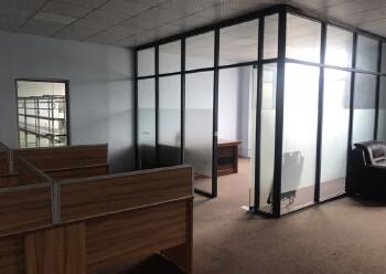 凤岗镇汽车站旁写字楼8000平,可分租100-1500带装修图片2