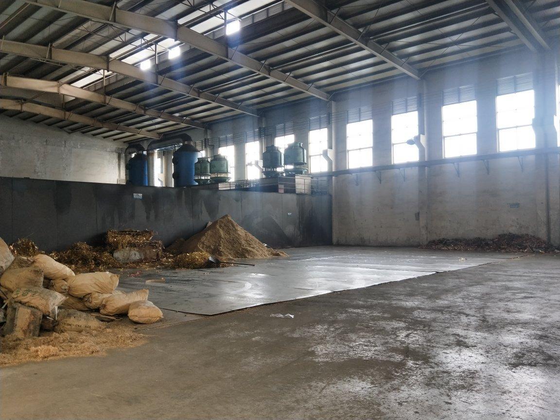 和桂工业园超大空地拖头直入,大小可分,环评好办,滴水9米
