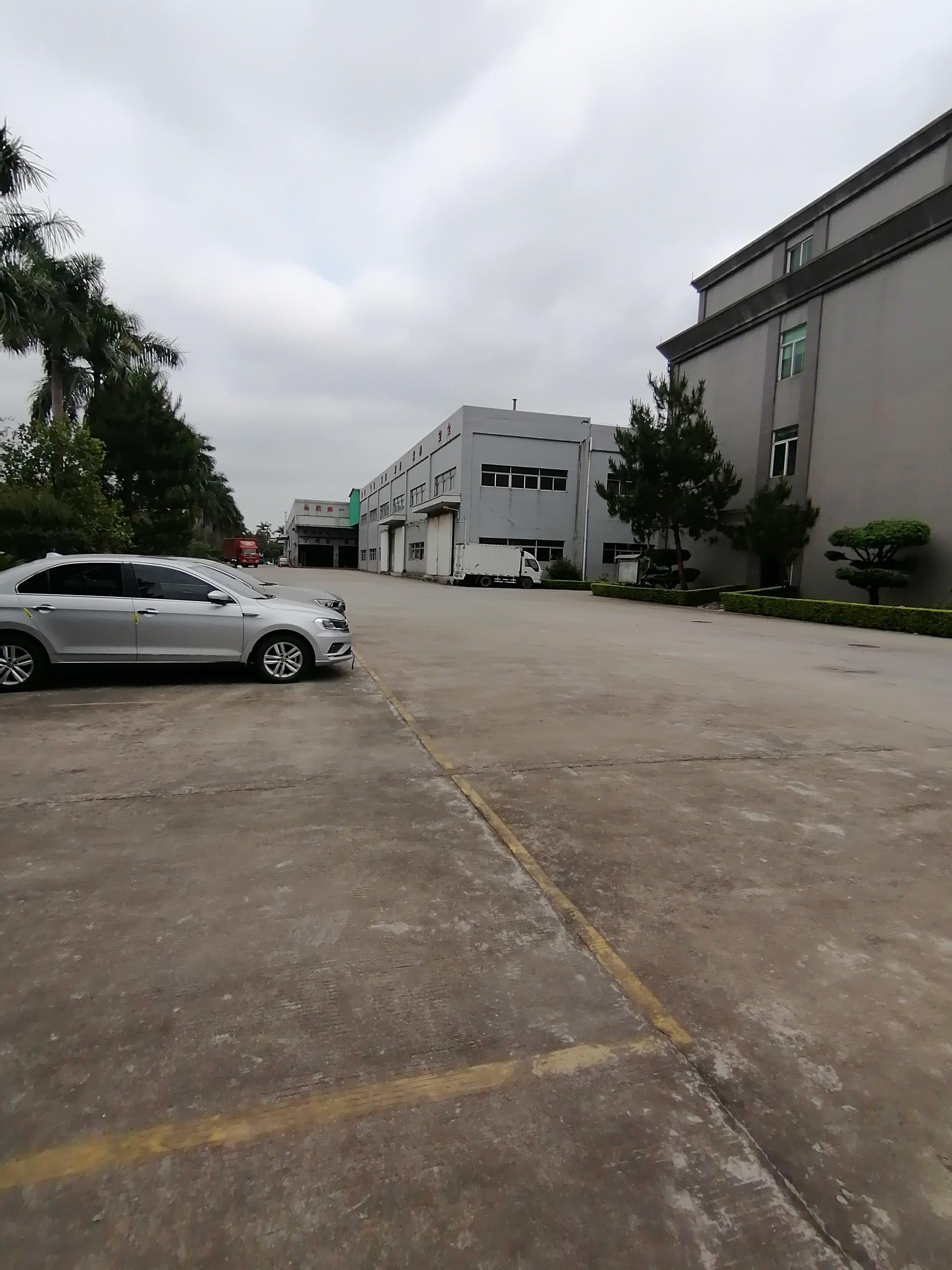 广州黄埔永和开发区永顺大道边独院钢构2380平出租,可分租