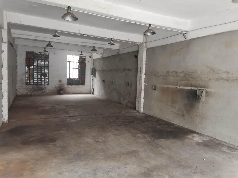 深圳宝安区松岗红星新出100平方小型仓库。