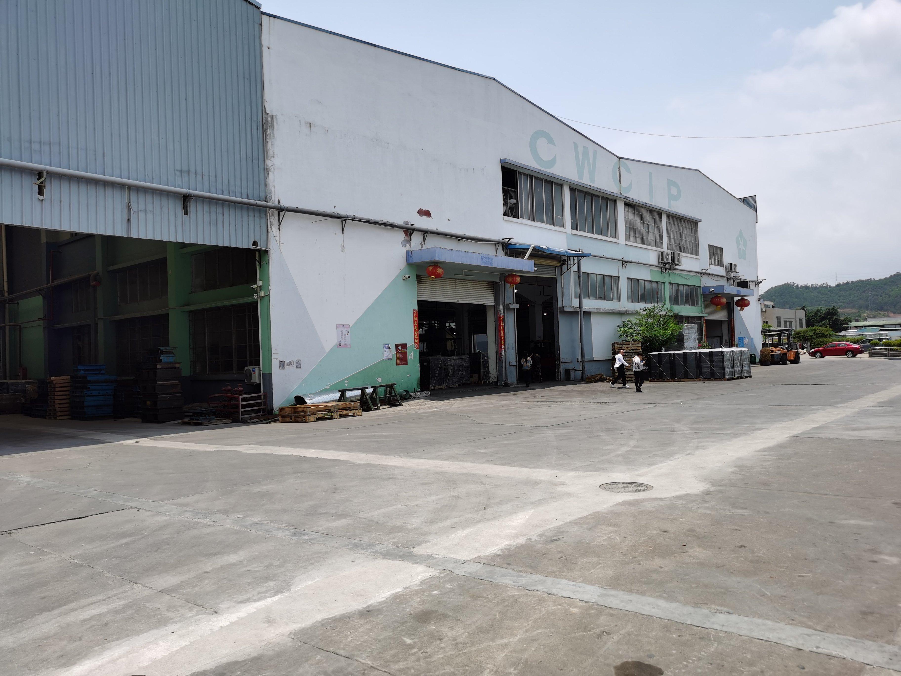 深圳石岩小独院3176平出售