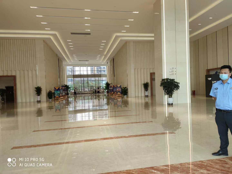 惠州新出楼上1380平方带豪华办公室精装修水电到位