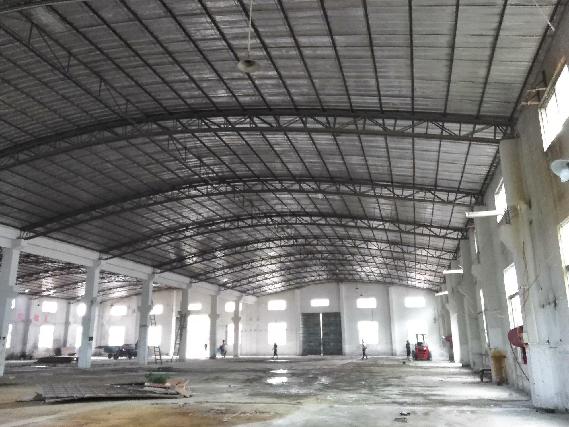 中山市东凤镇工业区3000方仓库出租,交通便利,易招工。