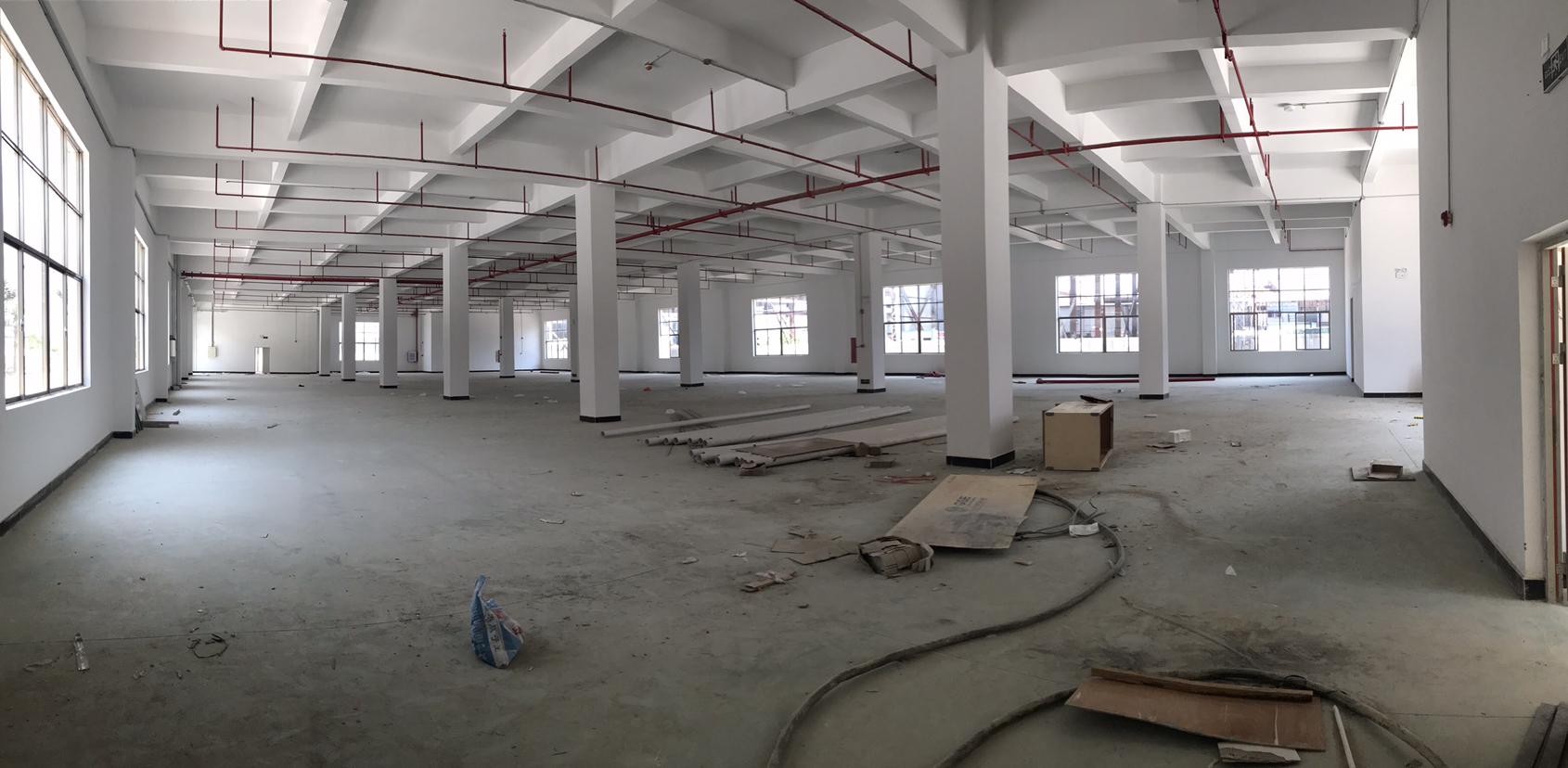 小金口红本1楼1700平标准厂房出租