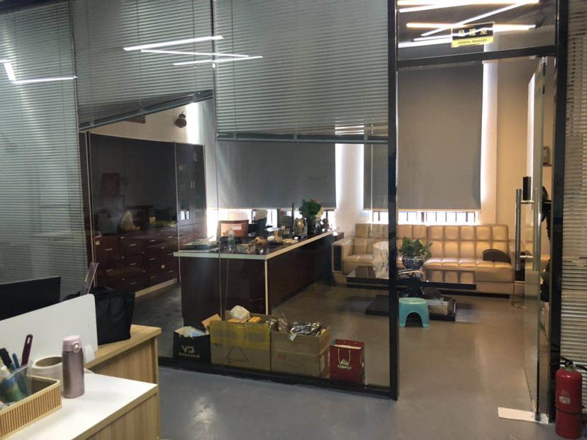 黄江靠深圳单一层万博app官方下载3000平方高10米现成6部行车