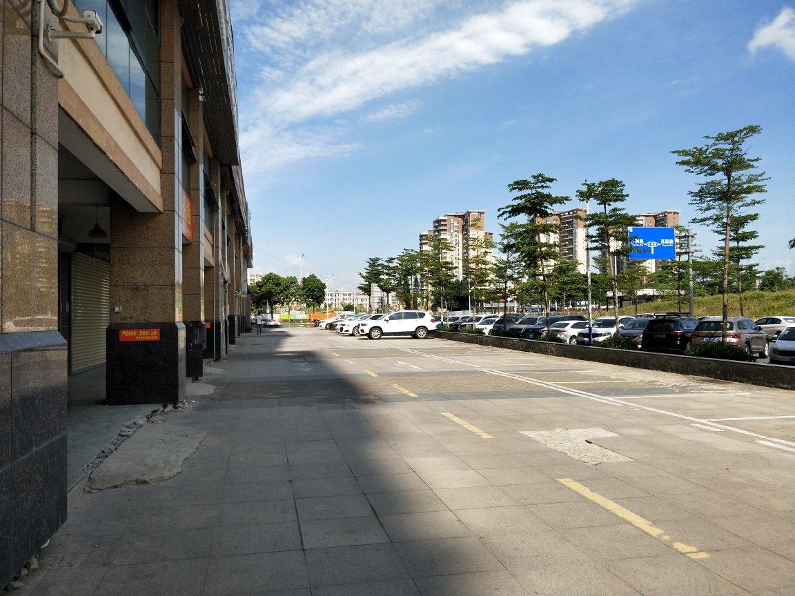 福永桥头地铁站旁一楼300平米带装修电商物流仓库出租