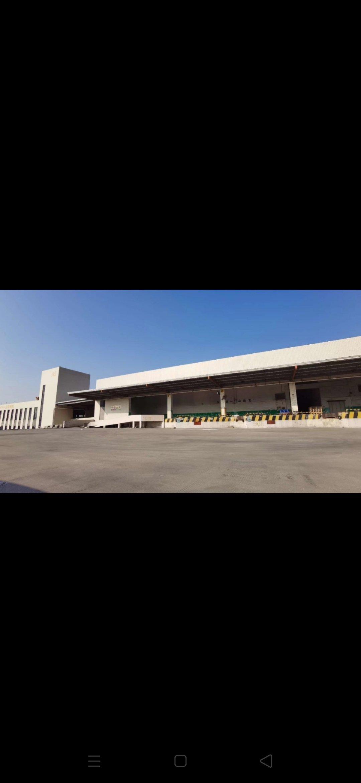 白云区越秀大型园区仓库物流3万平方,可任意分租,空地超大。