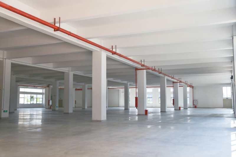 松山湖工业园分租一楼1000平方