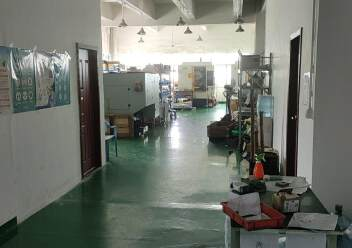 石岩塘头新出3楼560平带装修厂房出租图片2