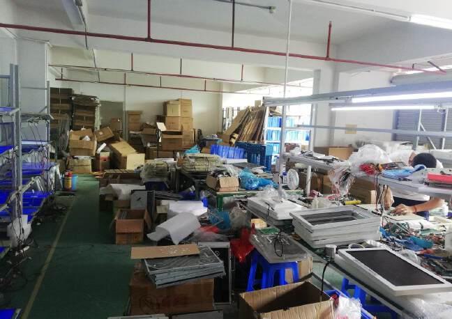公明楼村鲤鱼河工业区二楼300平米带装修厂房出租