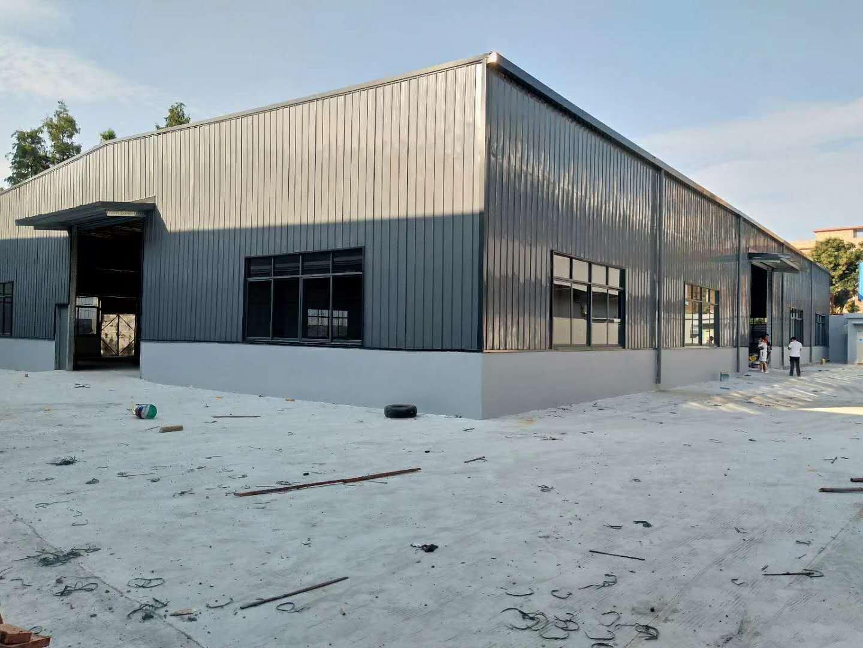 厚街高速路口全新仓库带牛角,大小可分,有隔热层,超大空地!