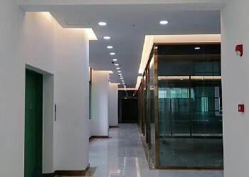 坂田地铁口全新园区5300平整租/分租都可以,100平起分图片4