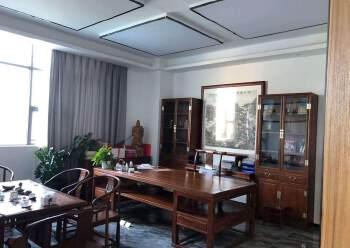龙华汽车站附近新出600平精装修办公室招租,户型方正采光好图片5