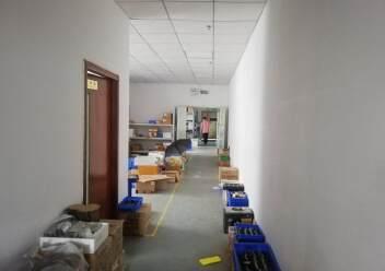 公明楼村楼上整层800平米精装修厂房出租图片3