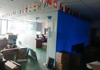 公明楼村鲤鱼河工业区二楼300平米带装修厂房出租图片2