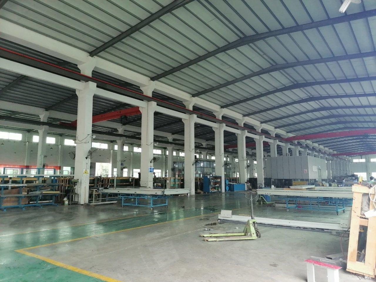 滴水10钢构独院厂房12800平方可办环评