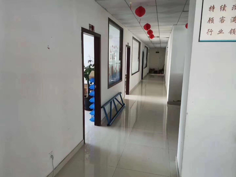 横岗二楼新出原房东1200平精装修办公室带水电齐全车间