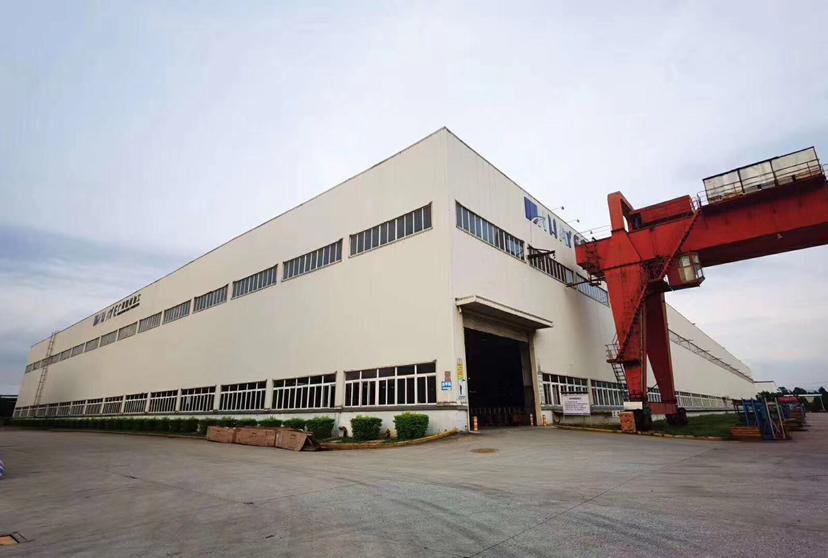 大型花园式单一层厂房6500平,有两部25吨航车,可做重工业
