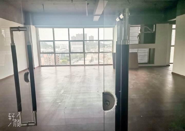 凤岗镇龙平路研发大厦办公楼大小均可90平100平300平等图片4