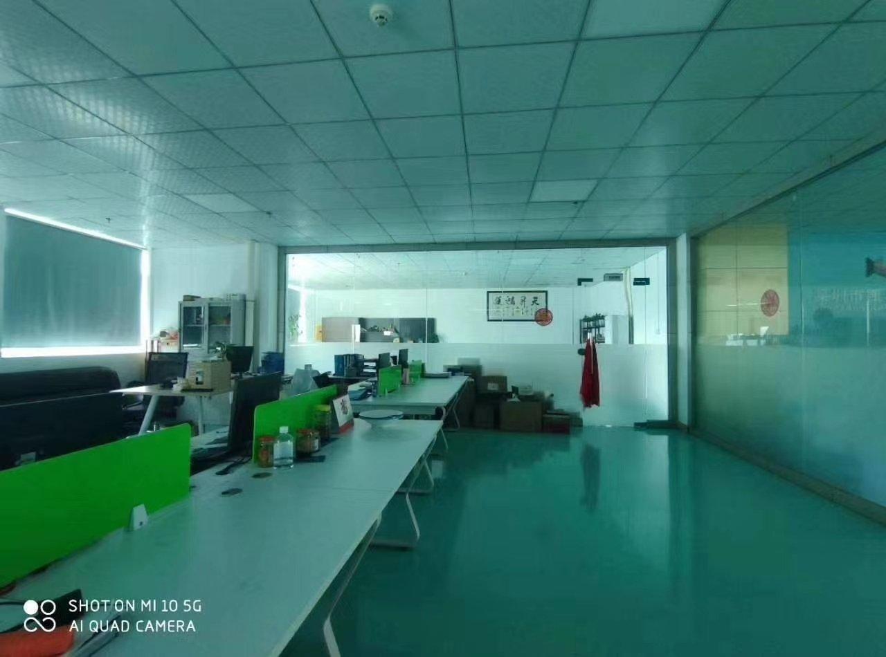 石岩外环路新出楼上整层豪华精装修1300平方厂房出租免转让费-图6