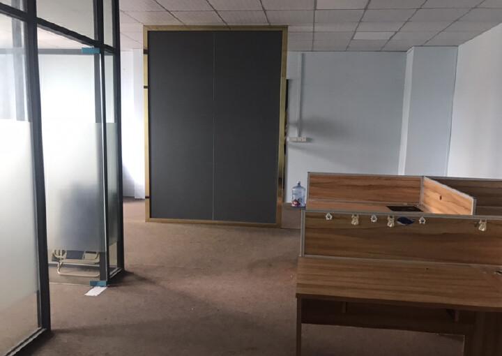 凤岗镇汽车站旁写字楼8000平,可分租100-1500带装修图片8